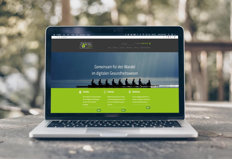 Laptop mit neuer TYPO3 IT-Schnittstelle für gevko | portrino GmbH